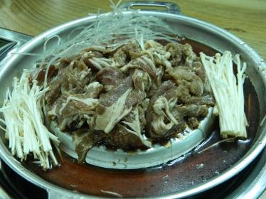 Bulgogi (grilled marinated beef/chicken/pork)